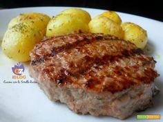 Hamburger fatti in casa Meatloaf, Baked Potato, Potatoes, Baking, Ethnic Recipes, Food, Chicken, Potato, Bakken