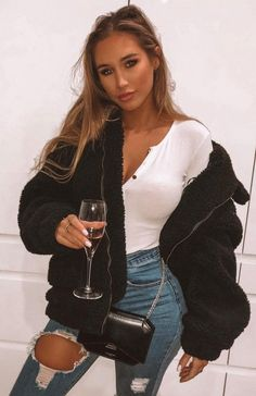 Downtown Teddy Jacket Schwarz - Casual Look , Simple Outfits, Trendy Outfits, Cute Outfits, Fashion Outfits, Fashion Trends, Fashion Fashion, Runway Fashion, Fall Winter Outfits, Autumn Winter Fashion