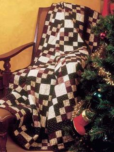 Quilting - Special Occasions - Christmas Quilts - Dominoes Free Christmas Quilt Pattern - #FQ00266
