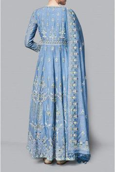 Shop from an exclusive range of luxurious wedding dresses & bridal wear by Anita Dongre. Pakistani Dress Design, Pakistani Dresses, Indian Dresses, Kurta Designs, Indian Attire, Indian Ethnic Wear, Indian Wedding Outfits, Indian Outfits, Couture Dresses