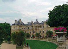 El palacio de Luxemburgo - El Perú necesita de Fátima