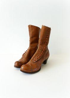 Scarpe vintage - 1920s castagno pulsante stivali in pelle