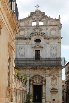 *** Ortigia island - Siracusa, Sicily *** It is the ancient part of Siracusa and one of the most fascinating in Italy. Baroque is everywhere. In the picture the facade of Santa Lucia alla Badia in Piazza Duomo.