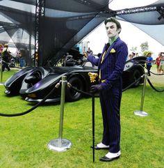 The Joker despises the Batmobile Cosplay Del Joker, Cosplay Dc, Batman Cosplay, Superhero Cosplay, Anthony Misiano, Mundo Comic, Joker And Harley Quinn, Photos Du, Fandoms