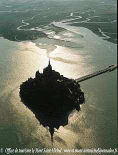 Mont Saint-Michel, costa da Normandia, França