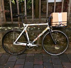 Con el Bikeporter puedes llevar de todo en la bici. www.avantum.bike