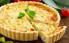 Our chef Sebastien Baud shares once again one of his favourite recipe. This month, we continue our Grand Tour in North East France to make a stop in Lorraine. You might have guessed it : this month's recipe is the quiche Lorraine. Quiche Lorraine, Low Fiber Foods, Low Fiber Diet, Quiches, Coconut Flour Pie Crust, Ways To Cook Eggs, Quiche Recipes, Flour Recipes, Diet Menu