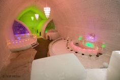 Ice Hotel...I know you think I am crazy but I want to stay a night.