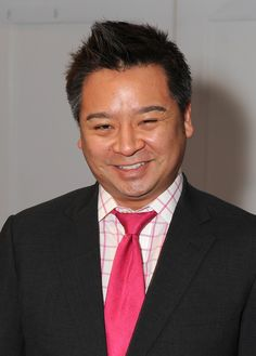 Rex Lee (born January 7, 1969) is an American actor of Korean descent. He is best known for his role on the HBO original series Entourage as Lloyd Lee. - See more: http://en.wikipedia.org/wiki/Rex_Lee_(actor)