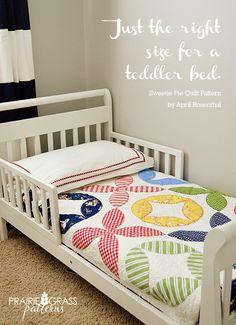 Moda Bake Shop: Convertible Crib Quilt | Inspiration Quilts ... : toddler bed quilt pattern - Adamdwight.com