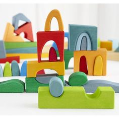 Best toys for 2 year olds. Link to a great blog post!