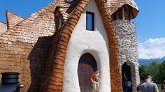 Imagini pentru castelul de lut