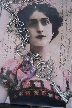 Heart pendant Heart jewelry key pendant love pendant glass Key Jewelry, Heart Jewelry, Statement Jewelry, Jewellery, Unique Jewelry, Gothic Rings, Gothic Jewelry, Vintage Keys, Girlfriend Gift