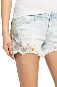 Main Image - BLANKNYC Embroidered Denim Shorts (Sitting Pretty)
