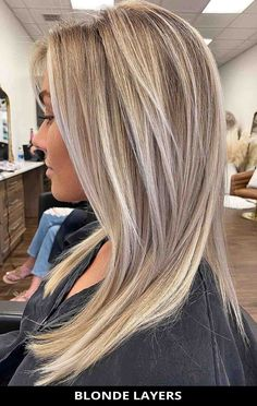 This hot blonde layers ladies are getting right now! Simply tap here to see the 29 modern medium length layered haircuts you won't regret seeing. // Photo Credit: @american_salon on Instagram Layered Haircuts For Medium Hair, Medium Length Hair Cuts With Layers, Haircuts For Thin Fine Hair, Medium Hair Cuts, Long Hair Cuts, Medium Hair Styles, Long Hair Styles, Latest Haircuts, Hairstyles Haircuts