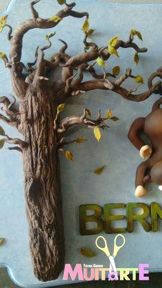 Peça decorativa de quarto infantil. Safari, floresta, macaco, árvore.