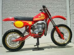 1982- Maico Mega-2 490MC with reed valved intake and performance pipe.