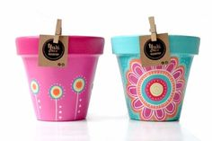 Risultati immagini per yuki deco Painted Plant Pots, Painted Flower Pots, Pots D'argile, Clay Pots, Flower Pot Art, Pottery Painting Designs, Clay Pot Crafts, Posca, Terracotta Pots