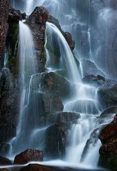Timberline Falls, Rocky Mountain National Park, Colorado - by Ron Niebrugge scenery Beautiful Waterfalls, Beautiful Landscapes, Places To Travel, Places To See, Imagen Natural, Photos Voyages, All Nature, Nature Images, Rocky Mountain National Park