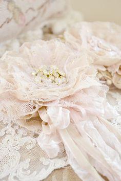 Jennelise ~ Cream & Blush