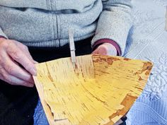 Hääräämö: Tuokkonen + ohje Palm Frond Art, Bamboo Cutting Board, Macrame