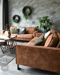 Funky home decor post image Exceptional yet simple funky ideas. Room Inspiration, House Interior, Home Living Room, Funky Home Decor, Home, African Style Decor, Apartment Interior Design, Home Decor, Industrial Home Design