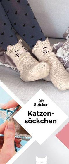 Kuschelige Katzensocken mit Jojo-Ferse stricken Knit cuddly cat socks with a yo-yo heel Baby Knitting Patterns, Crochet Patterns, Diy Scarf, Patterned Socks, Crochet Slippers, Knitting Socks, Knit Socks, Free Knitting, Knitting For Beginners