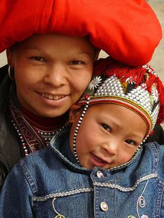 Sapa Dzao mother and child by ngari.norway on Flickr.  Vietnam