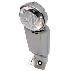 Spanninga Corona XB 20 koplamp LED batterij (inclusief)  Spanninga Corona XB 20 koplamp LED batterij (inclusief)  Met de CORONA biedt Spanninga de fietser een uiterst hoogwaardige koplamp met een buitengewoon en onnavolgbaar design wat het tot een waar 'sieraad' maakt op een fiets. Door het optische deel van de CORONA ontstaat een halo-effect door de lichtring rond de geïntegreerde reflector.  EUR 30.95  Meer informatie