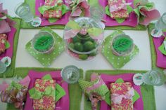 A Little Loveliness: Lilly Pulitzer End-of-Summer Party Pink Parties, Birthday Parties, Birthday Ideas, Happy Birthday, Bridesmaid Luncheon, Alice, A Little Party, Party Entertainment, Craft Party
