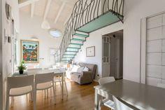 Dai un'occhiata a questo fantastico annuncio su Airbnb: Locals with attitude-Casa di Giulio - Loft in affitto a Castelnuovo del Garda