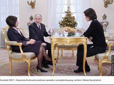 Lech Kaczyński nie umiał pić kawy z filiżanki, albo nie umiał złapać za ucho - tak dłonie trzęsły się pijakowi Furniture, Home Decor, Decoration Home, Room Decor, Home Furniture, Interior Design, Home Interiors, Interior Decorating, Arredamento