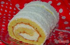Coconut roll (in slovak) Kokosová roláda Oreo Cupcakes, Cheesecake Cupcakes, Mexican Food Recipes, Sweet Recipes, Czech Desserts, Y Recipe, European Dishes, Czech Recipes, Healthy Deserts