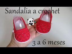 Ideas Crochet Baby Sandals Tutorial Hats For 2019 Crochet Hats For Boys, Crochet Baby Boots, Crochet Baby Sandals, Baby Afghan Crochet, Crochet Shoes, Crochet Clothes, Crochet Stitches, Crochet Scarf Easy, Crochet Headband Pattern