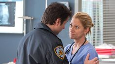 I love this show more and more with every episode.  NURSE JACKIE - Showtime - Season 5, ep 7