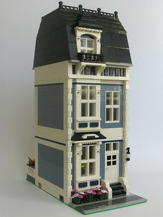 Sand Blue Townhouse