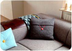 DIY Sofapude med falsk knaplukning