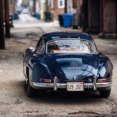 1954 Mercedes-Benz #300SL. Pic  @DarinSchnabel / #300SLRestorations #BruceAdams190SL