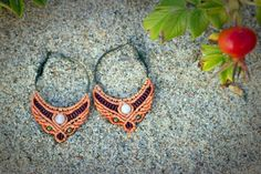 Circle macrame fox earrings with white by wholenessvibrations