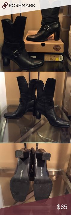 """HD...Sexy biker boots 😉 These boots were worn ONLY with the blue denim jeans I have listed(look cute no riding gear) worn a handful of times(dang cute lets ride) These are also an """"AFTER"""" riding boot Harley-Davidson Shoes Combat & Moto Boots"""