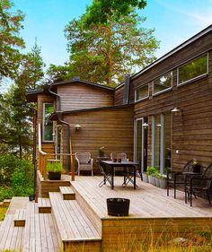wooden backyard facade