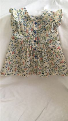 Lalain Baby Girl Dress Design, Girls Frock Design, Kids Frocks Design, Baby Frocks Designs, Girls Dresses Sewing, Toddler Girl Dresses, Little Girl Dresses, Kids Dressy Clothes, Stylish Dresses For Girls