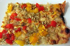Schneller Flammkuchen ohne Hefe, histaminarm  Flammkuchenteig ohne Hefe, dünn, knusprig & schnell zubereitet mit wenig Zutaten