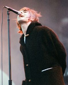 Liam Gallagher Oasis, Noel Gallagher, Liam Oasis, Oasis Live Forever, Oasis Music, Liam And Noel, Oasis Band, Beady Eye, Britpop