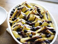 Perfect for breakfast or brunch, our bread-and-butter pudding showcases the flavors of blueberry jam and cinnamon. Blueberry Bread Pudding, Bread And Butter Pudding, Blueberry Jam, Great Desserts, Delicious Desserts, Dessert Recipes, Old Fashioned Bread Pudding, Ceramic Baking Dish, French Toast Bake