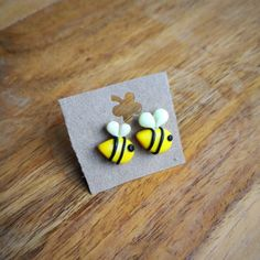 polymer Clay earrings, fimo bee, masa flexible, cold porcelain, masa francesa, porcelana fria, porcellana freda
