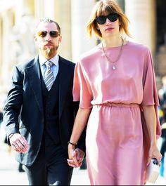 Power couple spotting. // #StreetStyle #PFW