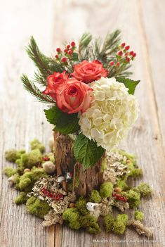 Add one of these pretty Christmas floral arrangements to your holiday decor. From poinsettias to roses to amaryllis, these flowers will brighten your Christmas displays. Christmas Flower Arrangements, Christmas Table Decorations, Decoration Table, Floral Arrangements, Holiday Decor, Christmas Flowers, Holiday Tablescape, Christmas Tablescapes, Christmas Candles