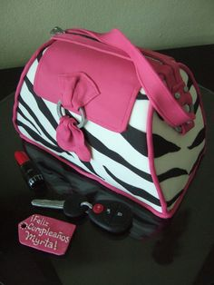 Zebra Purse Birthday Cake! Looks so real!! Ö