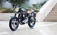 caferacerpasion:    A 250 cc Cafe Racer ?...